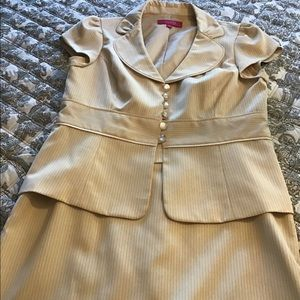 Women's skirt suit